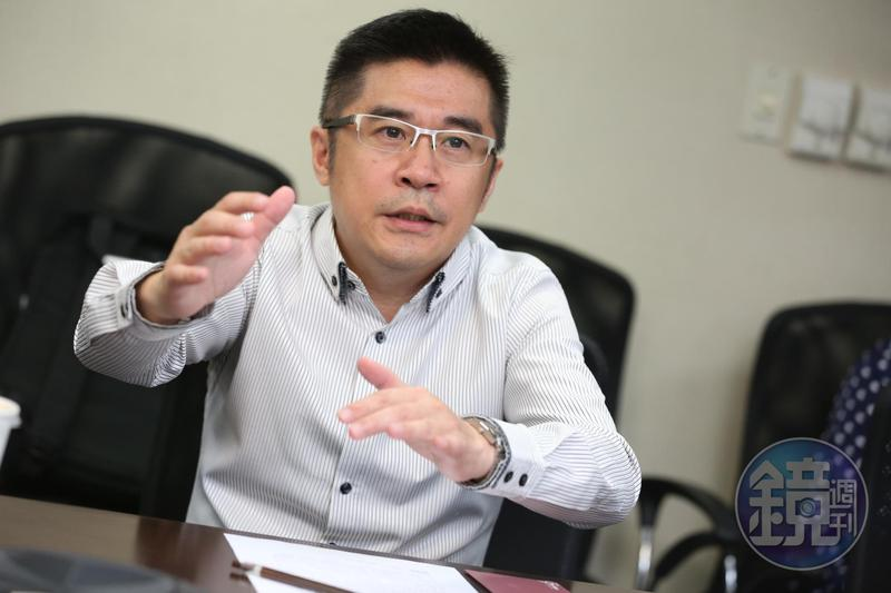 盧俊賢藉著提前改選董監事,弭平董事會中不同的聲音。