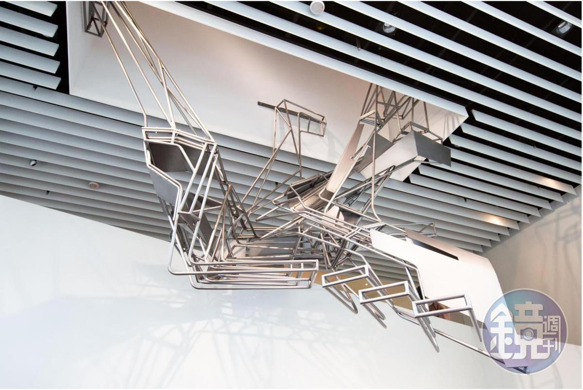 奧伊勒吳對「樓梯」一直抱有極大興趣,因為它結合實用的功能性面向,與美學的面向。