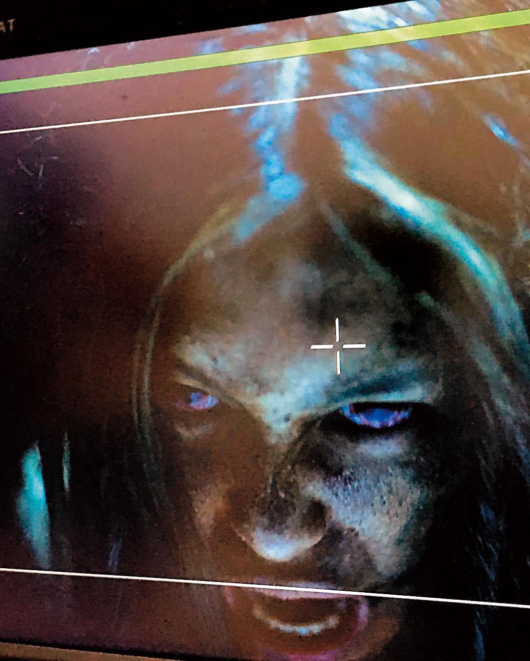 當時劉奕兒每天要花2小時做特殊化妝,她怕鬼,卻深愛演出怪物。(翻攝自劉奕兒IG)