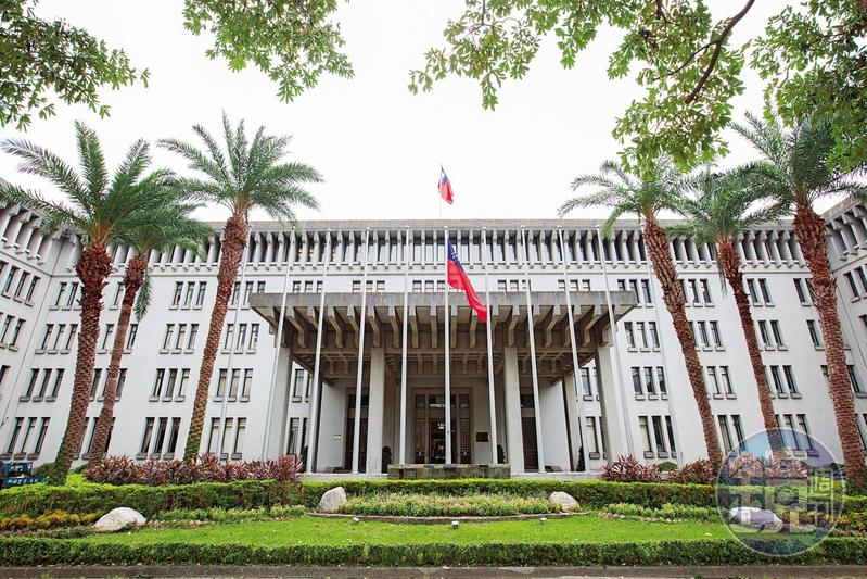 外交部(圖)在台及駐外高官性騷擾女部屬的醜聞不斷。