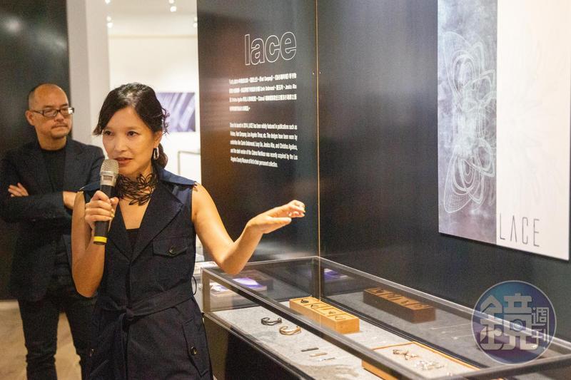 吳嘉華運用3D列印最新技術製作的LACE首飾系列,讓她贏得設計與建築雜誌Dwell 「設計前瞻者」的稱號。