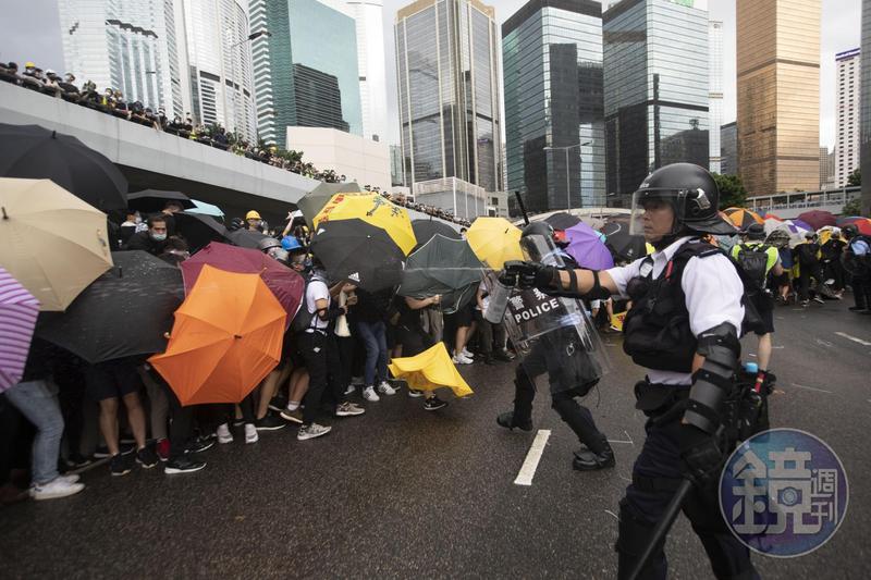 香港反送中運動歷經月餘仍越演越烈,教育界也將在817發起大遊行。