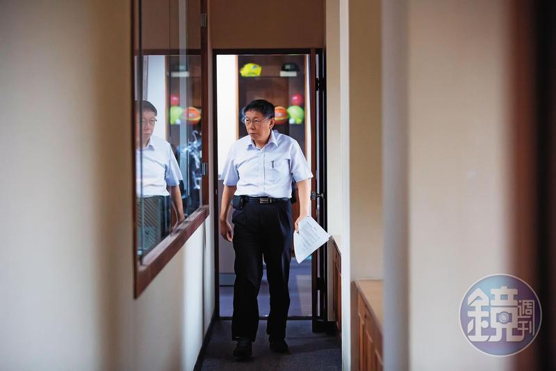 明年大選,台北市長柯文哲的首要目標就是進軍國會籌組「影子內閣」,他接受本刊專訪更透露自己不想選總統的4大理由。