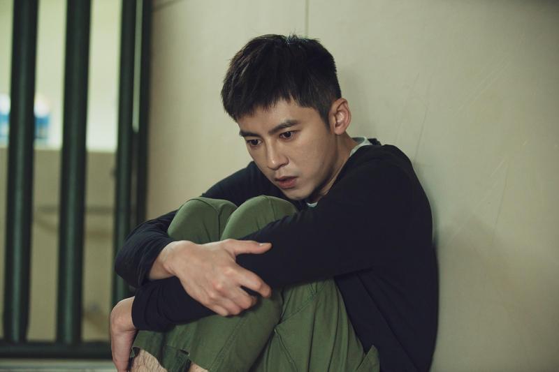 江常輝常常要對李國毅大呼小叫,讓他很不好意思。(LINE TV提供)