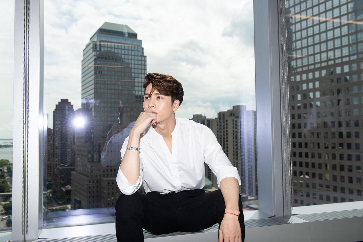 GOT7成員王嘉爾(Jackson)日前因在微博轉發「護旗手」貼文,引起香港網友不滿。(翻攝自GOT7臉書)