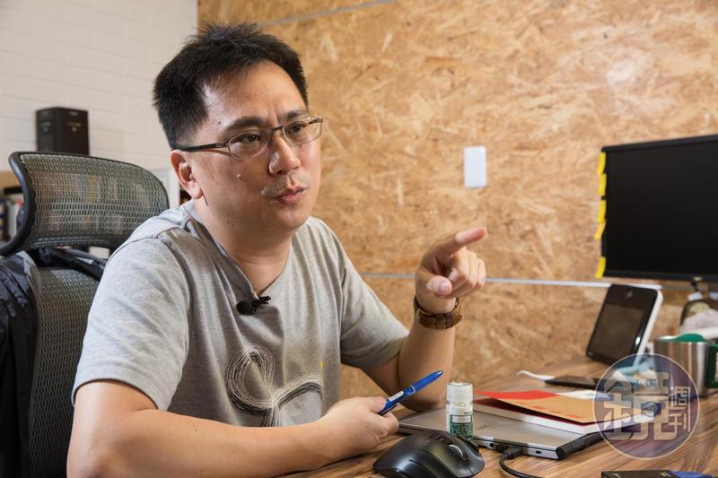 時常在臉書針貶時事的486先生PO文表示,「工資的上漲我覺得是好事」。
