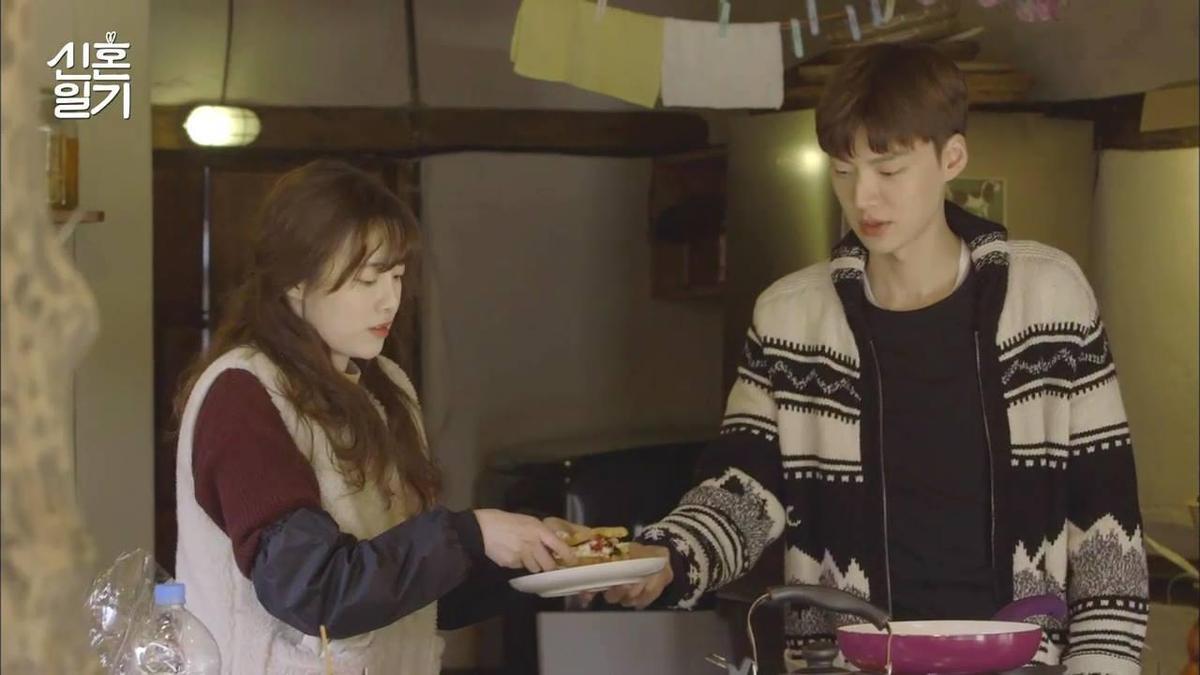 安宰賢與具惠善曾出演綜藝《新婚日記》,當時就看得出兩人個性相差很大。(翻攝自新婚日記臉書)