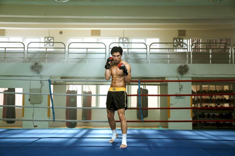 邱澤為戲練出一塊一塊的腹肌,一切都是為了戲中的武術打鬥。(甲上提供)