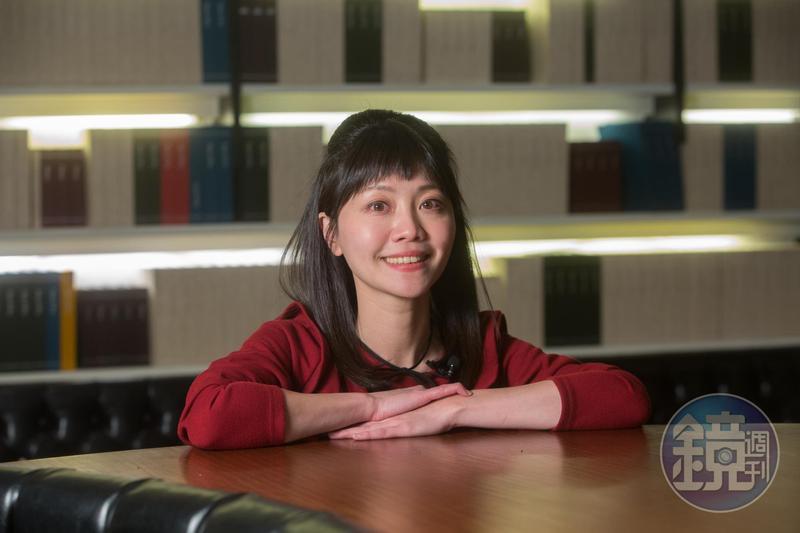 有「港湖女神」稱號的台北市議員高嘉瑜的政治獻金中,有2筆匿名捐款署名很特別。