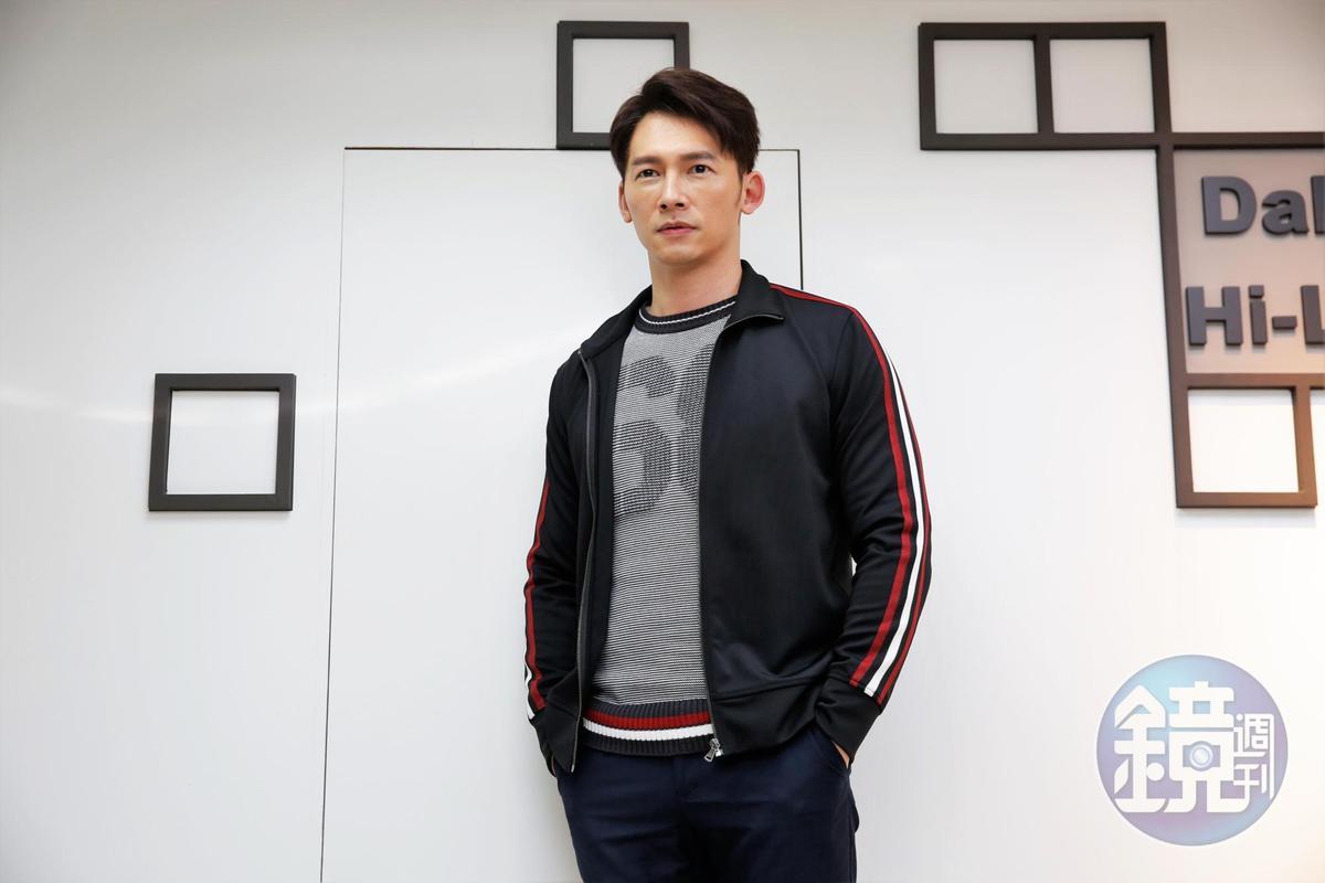溫昇豪演藝工作橫跨兩岸,在中國大陸經營多年,成績不差。