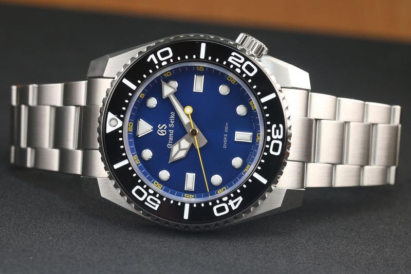 GRAND SEIKO今年推出的最新9F潛水錶,除了延續品牌在細節上的講究,以及強悍的潛水規格,在設計上也朝年輕化著手。