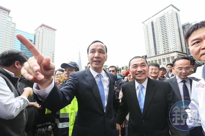 韓流消風後,首當其衝的就是傳統藍營大票倉的新北市,圖為新北市前後任市長朱立倫、侯友宜。