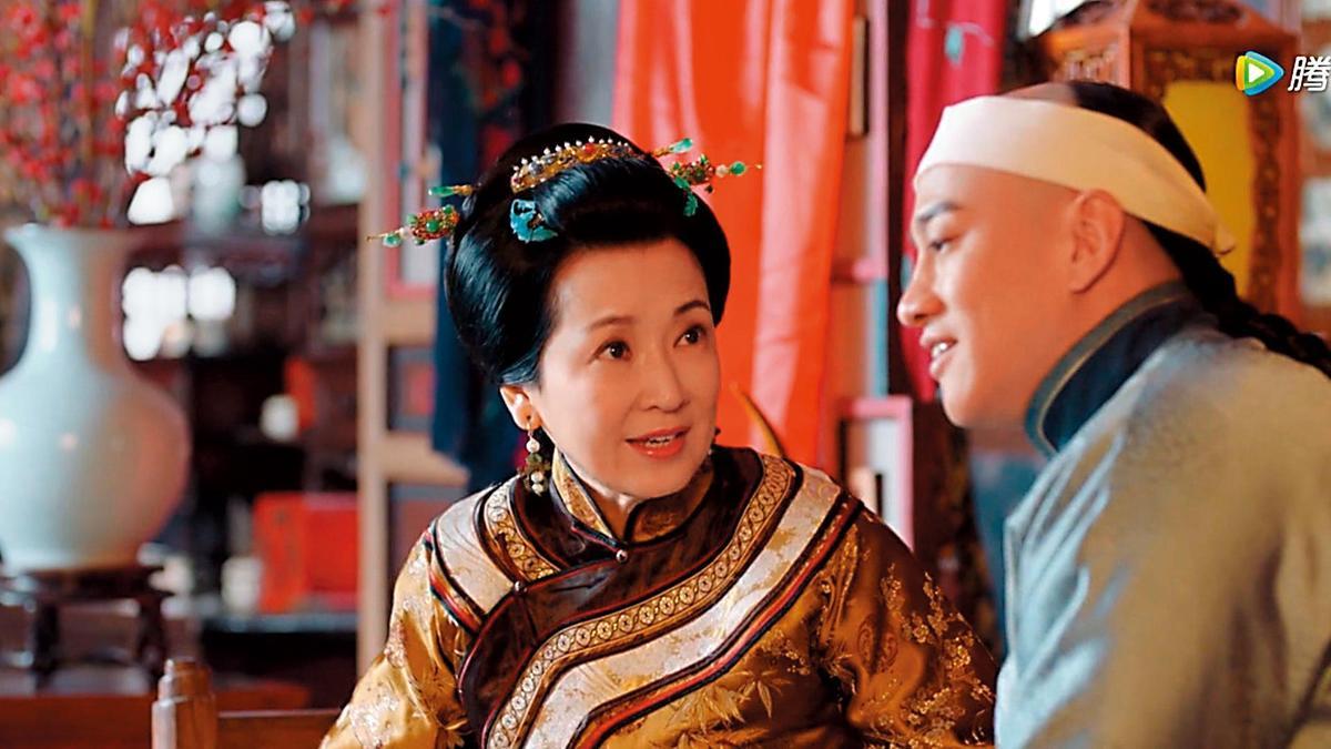 飾演《那年花開月正圓》中的「鄭氏」,就是林煒的妻子龔慈恩,她上一段婚姻也是老公外遇收場。(翻攝自騰訊)
