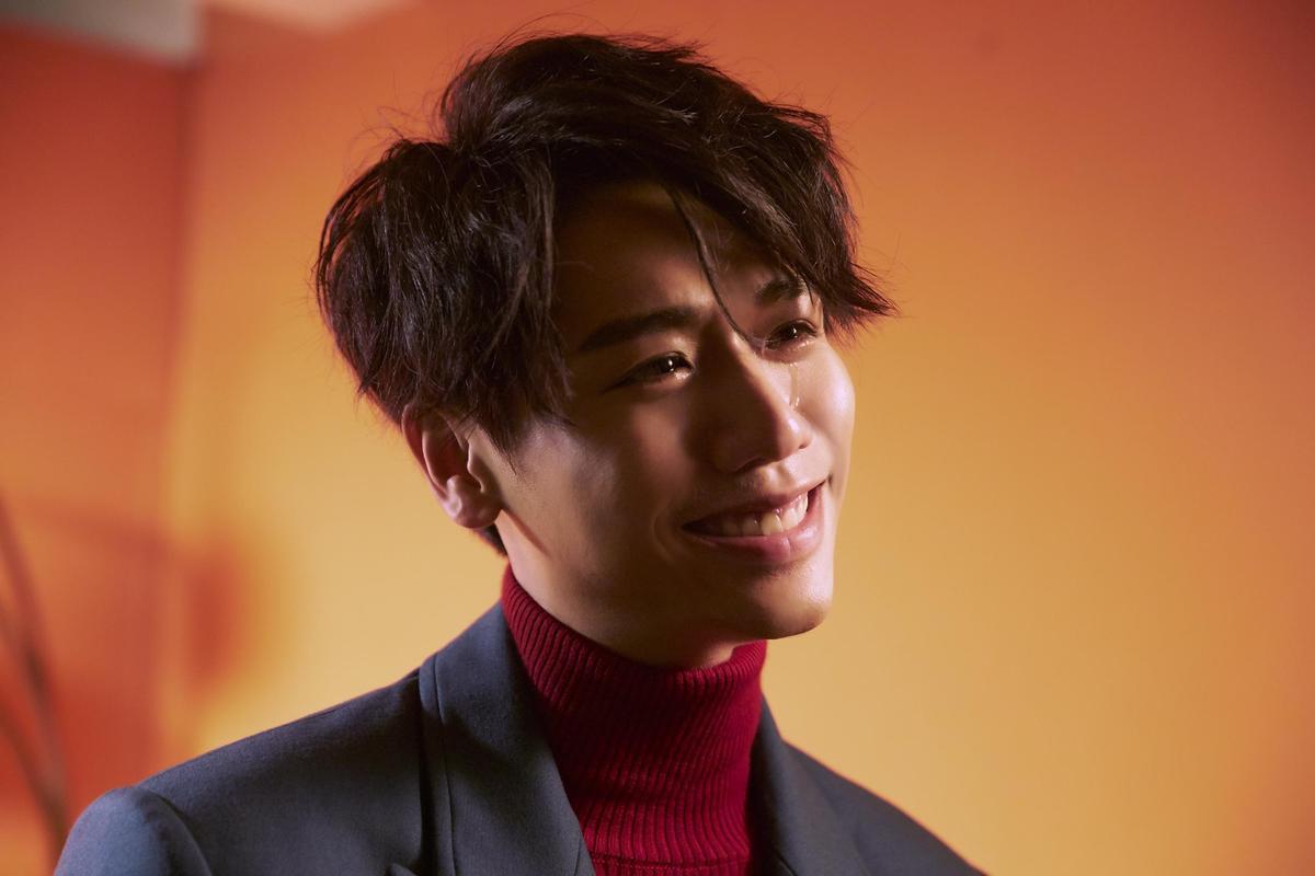 新歌〈獨佔〉走悲情路線,蔡旻佑因歌曲撕裂情緒,讓他唱到情緒潰堤而淚崩。