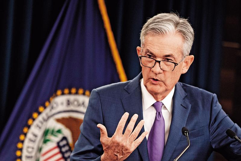 聯準會主席鮑威爾認為美國經濟並無衰退疑慮,降息只是貨幣政策的中期調整。(東方IC)