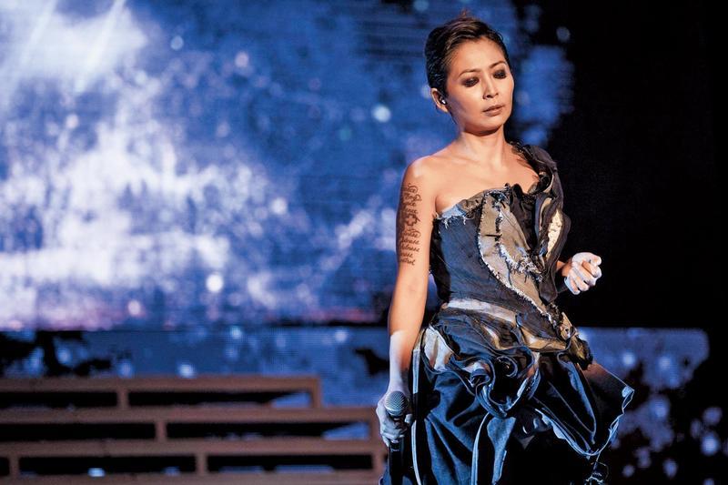 林曉培(Shino)搏翻身,近期推出新單曲〈交易〉卻沒錢宣傳。(翻攝自林曉培臉書)