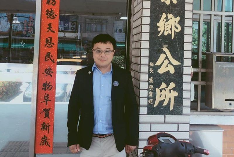 屏東枋寮鄉鄉政顧問李孟居8月赴港旅遊失聯,國台辦發言人則證實李已遭逮捕。(翻攝李孟居臉書)