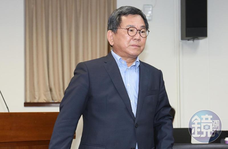 民進黨立委陳明文上週二(3日)在高鐵上遺失300萬元,引發社會議論與關注。
