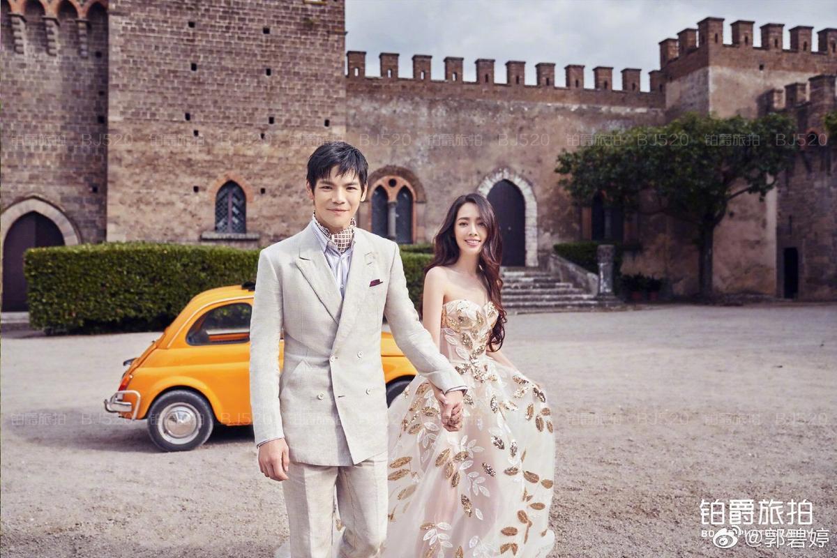 郭碧婷與向佐在義大利卡布里島完婚,備受祝福。(摘自郭碧婷微博)