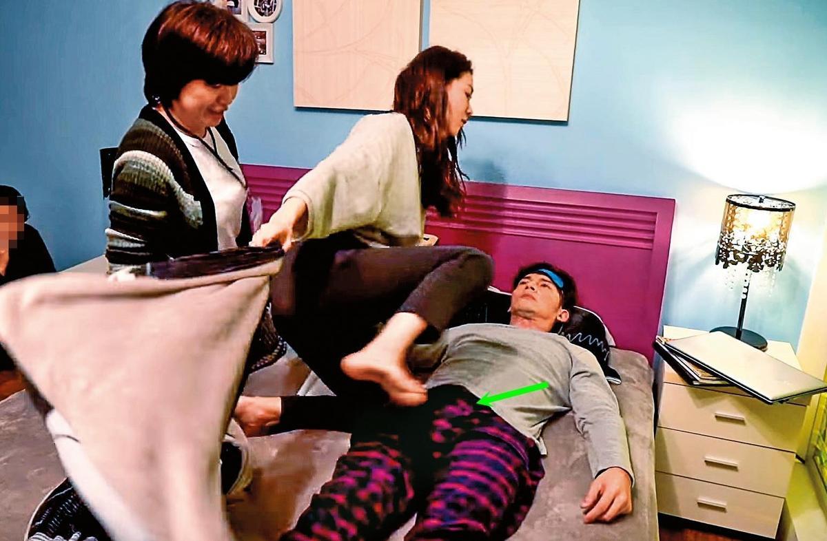 已婚的今年準金鐘視帝溫昇豪,跟金馬影后謝盈萱在《俗女養成記》演床戲,結果大概被對方精湛的演技給感染到,就連「小小豪」也大顯身手。(翻攝自《俗女養成記》臉書)