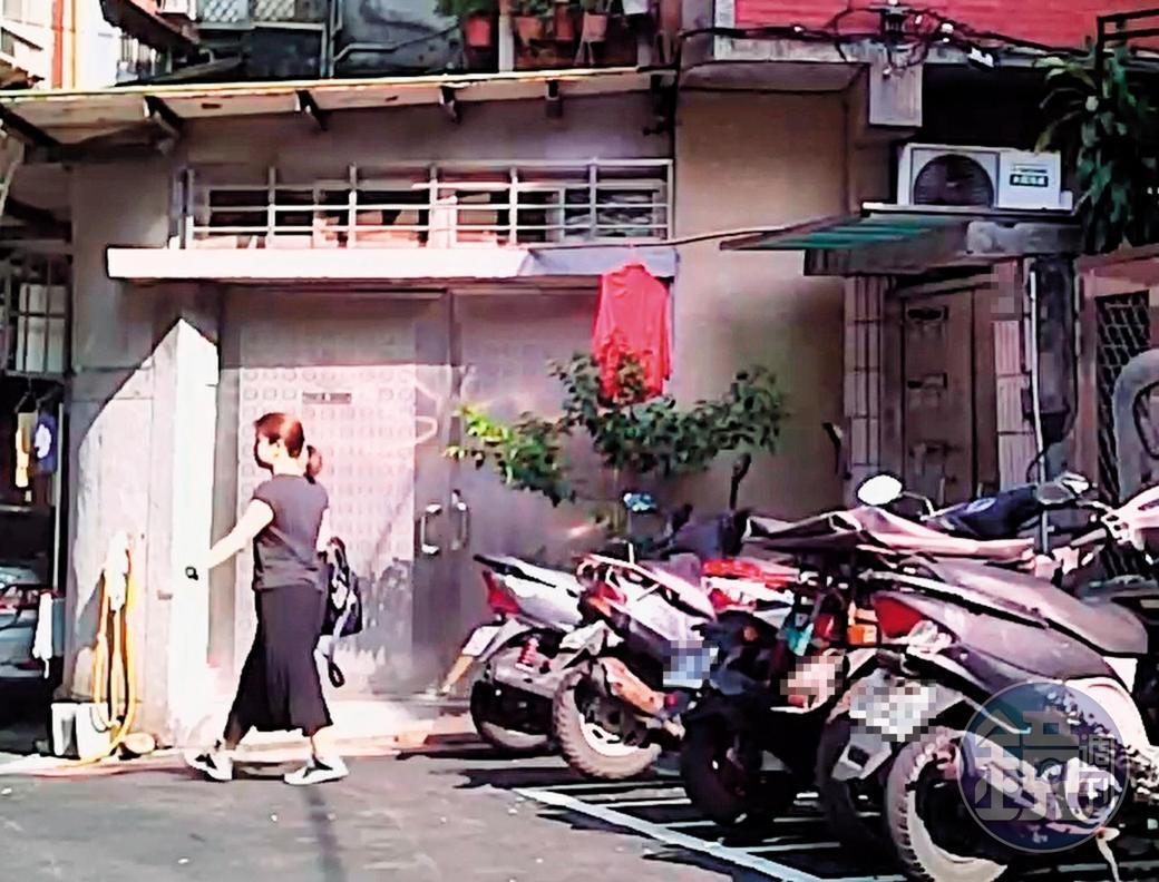 2019/08/29 08:27 小姐在陳清文走後2個小時,才離家上班。