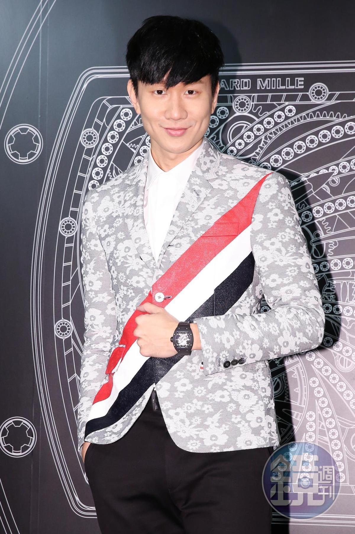 也是該牌錶痴的林俊傑2年前受邀參加該牌台灣旗艦店開幕。