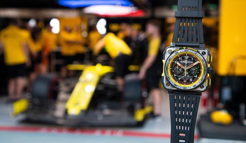 這款BRX1-R.S.19,錶殼結構上更採用鈦金屬加上陶瓷材質,重量相當輕盈,且部分部件包覆塑料來增加操作手感;而在錶圈上更增加「時間標記」功能,透過外環設計能記錄計時秒針位置,是以賽車計圈速的靈感而來。全球限量250只,定價NT$699,000。