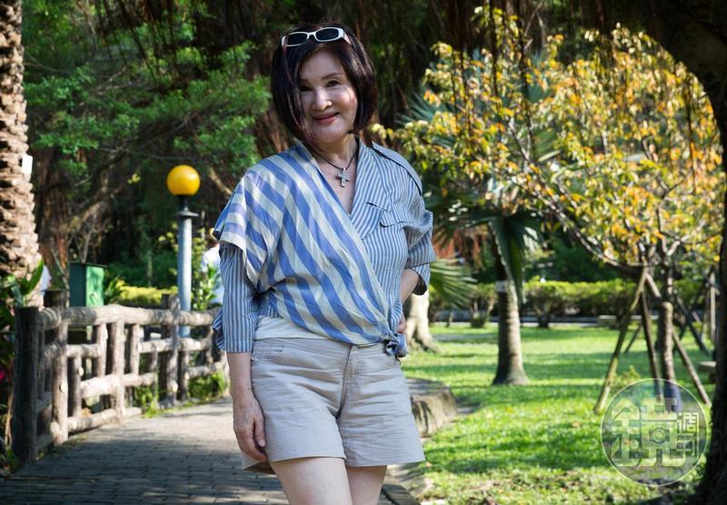恬娃自稱18歲,還要活一甲子,希望能有機會演戲。