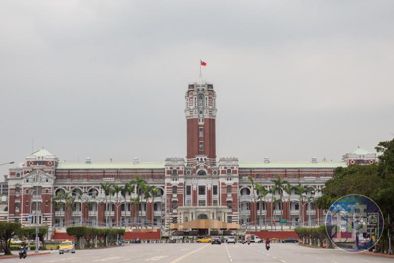 為因應國慶日相關活動,台北市警察局今晚開始實施交管。