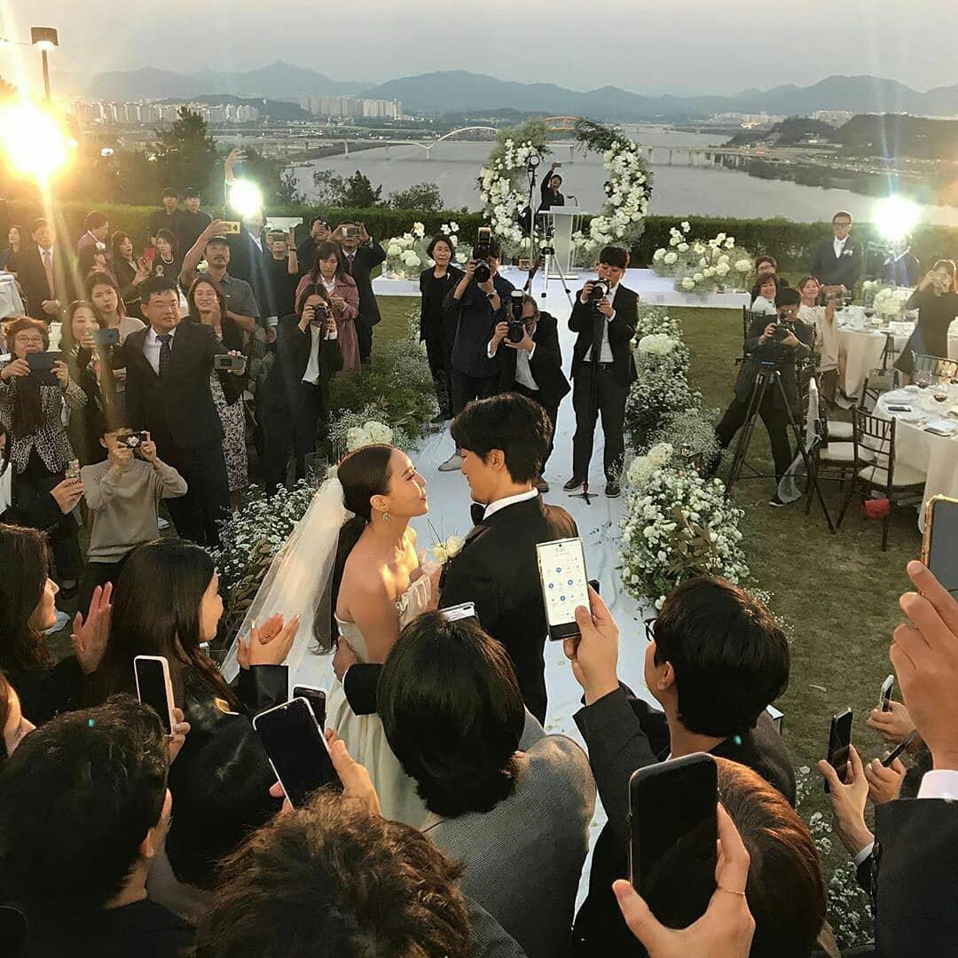 GD姊姊權達美今(11日)嫁給演員金敏俊,舉行只有親友、少數賓客參加的溫馨婚禮。(翻攝自網路)