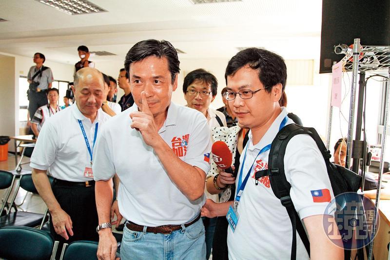 金溥聰早在8月預測民進黨一定推「蔡賴配」,操盤多場選戰的他仍是「小刀未老」。