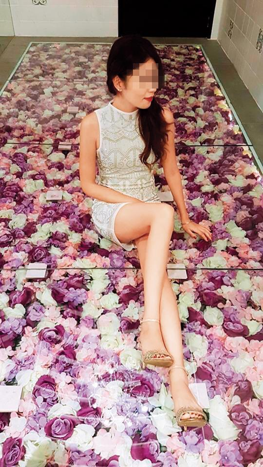 劉泰英的乾孫女小蜜寶有著白皙美腿與大眼睛,長相甜美。(翻攝臉書)