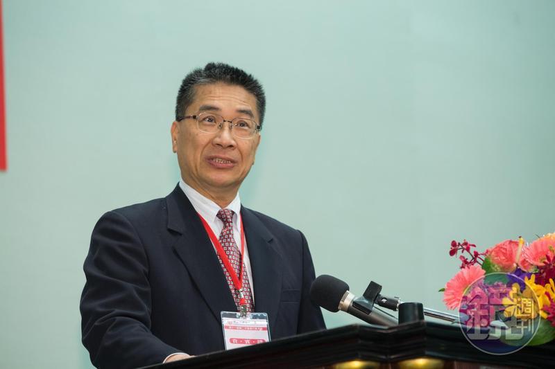 徐國勇認為,以屬人主義來說,應優先於犯罪地的管轄,港府應立即依殺人偵辦。