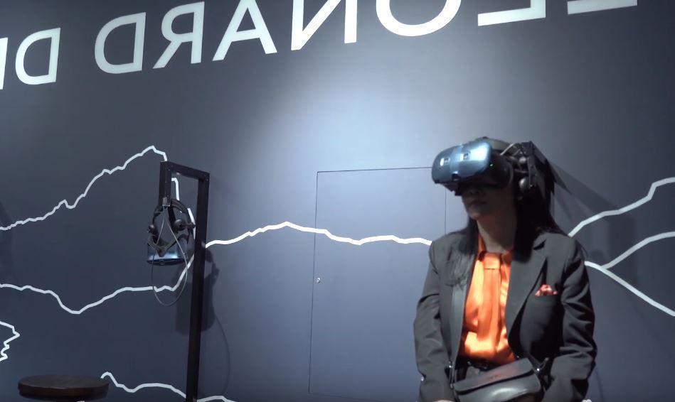 宏達電打造蒙娜麗莎VR,董事長王雪紅親赴巴黎羅浮宮參加開展活動。(翻攝自影片)