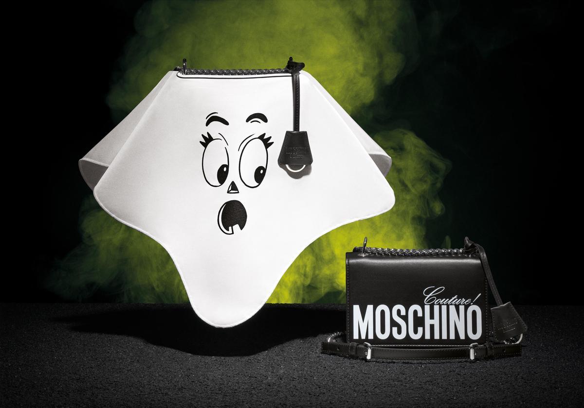 Moschino 南瓜臉手提可拆式肩背包 $44,500(MOSCHINO提供)