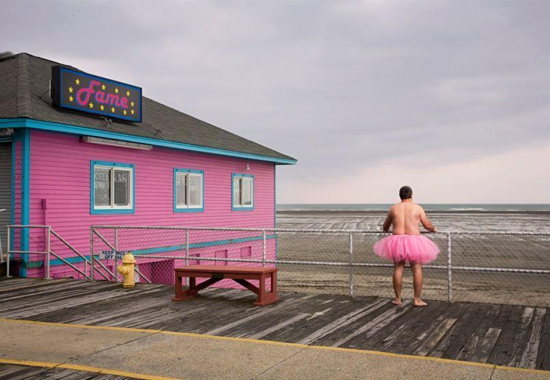 美國粉紅澎裙公益發起人Bob Carey首次訪台擔任特別嘉賓。(美麗佳人國際中文版提供)
