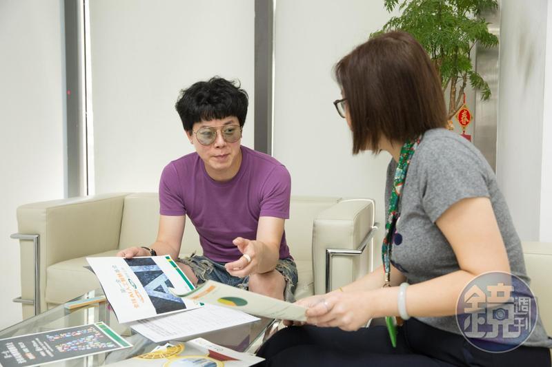 倪良瑋雖從小宣傳變大經紀人,但收入跟藝人一樣不固定。