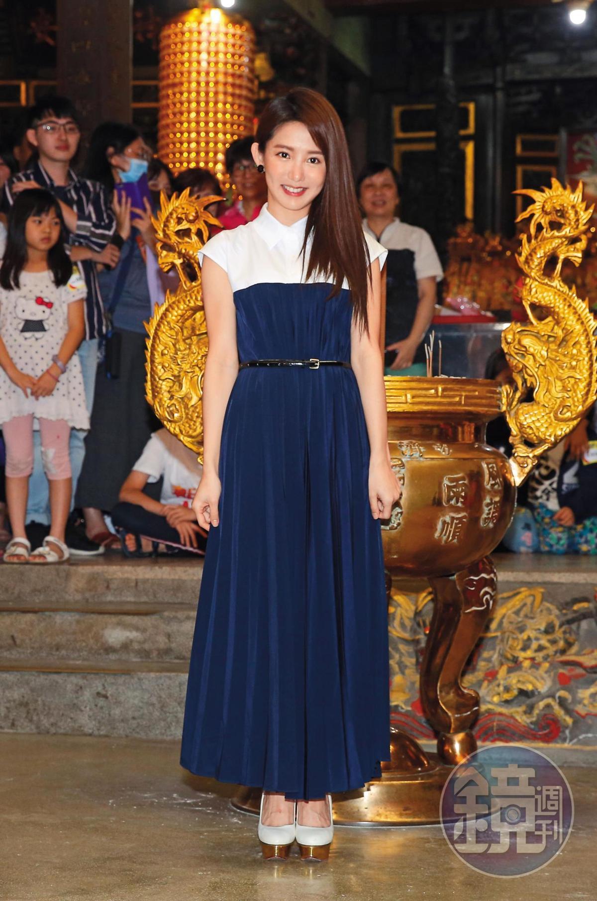 熱播的電視劇《通靈少女2》,由郭書瑤飾演宮廟仙姑,具有溝通靈界的超能力。