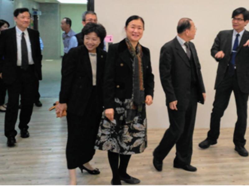 司法院預計在11月12日進行人審會,由莊秋桃(中)等5位女法官出任首長。(翻攝法扶基金會網站)