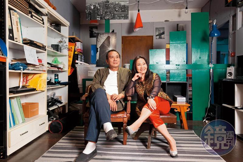 導演張作驥(左)與呂雪鳳(右)3度在大銀幕合作,新片中重要的母親角色更是為呂雪鳳量身打造。