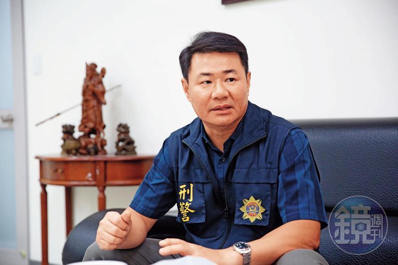 台中市五分局偵查隊副隊長謝志遠呼籲,移工應透過正常管道匯款回母國。