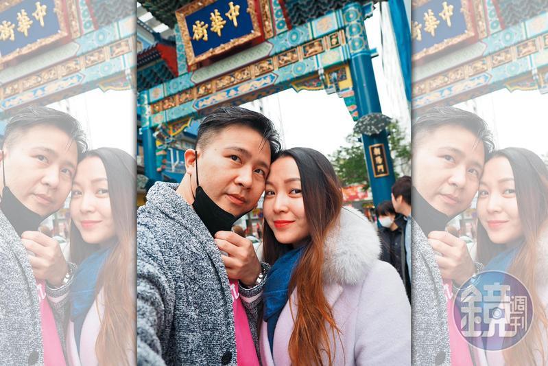 張劭緯(左)、邱威樺(右)曾至日本遊玩並拍下合照。(讀者提供)