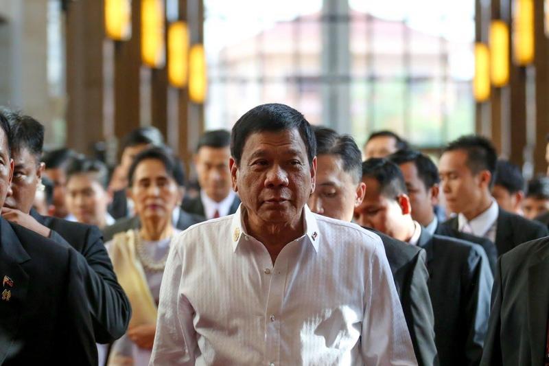 菲律賓總統府發言人原本在記者會上表示,總統杜特蒂(圖)要請假3天,但幾個小時內就改口。(翻攝自Rody Duterte臉書)