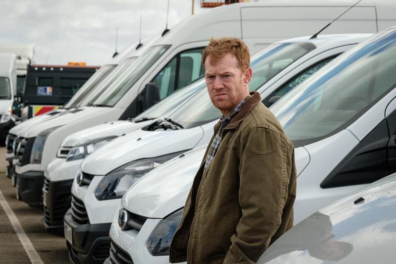 《抱歉我們錯過你了》中的男主角是個承攬快遞司機。(捷傑電影提供)