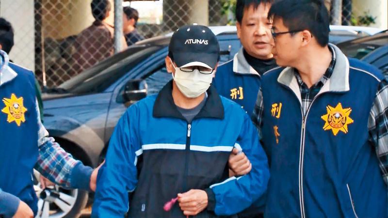 黃文進(左)一開始雖否認犯案,但最後仍難逃法律制裁。(東森新聞提供)