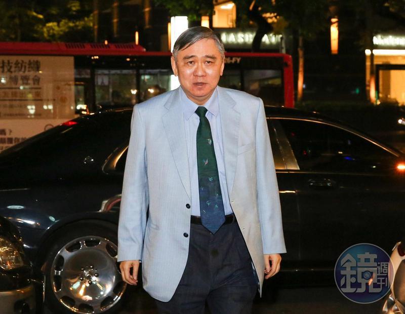 王文洋早把事業交給專業經理人,3年前開始過著半退休生活。