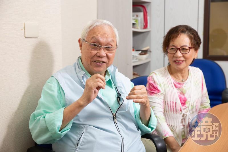 提起40多年前越南淪陷時,那段驚心動魄的逃難史,杜漢琛(左)仍記憶猶新,右為妻子鄭曼蕙。
