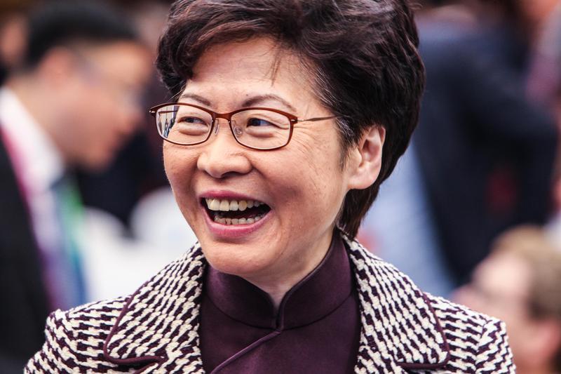 王丹於臉書呼籲香港人可開始列出「惡棍」清單,更強調「林鄭月娥當然排名第一」成為首要制裁對象。(東方IC)