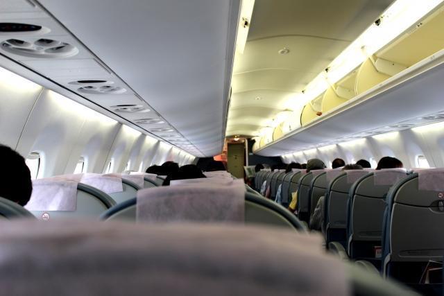 空姐趁著出國工作時與同事偷情,還寫成性愛日記。(圖片非當事人,圖片來源:photo-ac)