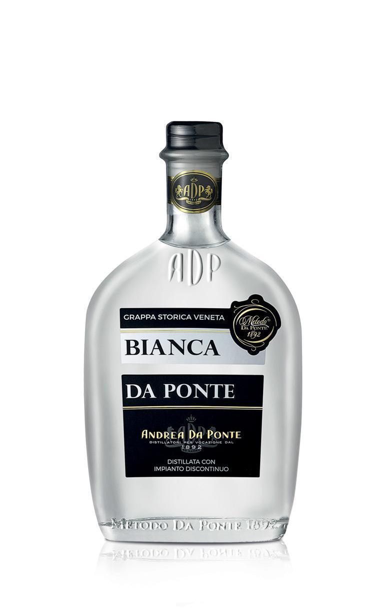 用新鮮Glera果渣製成的「Bianca Da Prosecco」裝在50年代設計瓶身裡,象徵其起源。